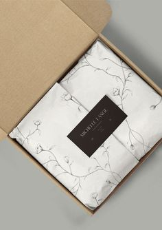 Project Name Michelle Lange Photography scope of work Branding and collateral design industry Wedding and family photographer Packaging Carton, Soap Packaging, Brand Packaging, Packaging Ideas, Sleeve Packaging, Gift Box Packaging, Luxury Packaging, Box Branding, Design Packaging