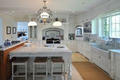 Zu verkaufen: die Villa von Katherine Hepburn http://wohnenmitklassikern.com/klassich-wohnen/zu-verkaufen-die-villa-von-katherine-hepburn/