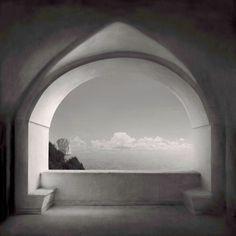 """Capri, Certosa di san Giacomo, 2012 Fotografia di Irene Kung in """"Invisible Cities"""" (titolo di un celebre libro di Italo Cavino: Le città invisibili)"""