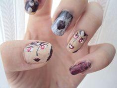 Queen Beryl inspired Nail Art by http://www.cob-callofbeauty.com/2013/08/konigin-periliaqueen-beryl.html