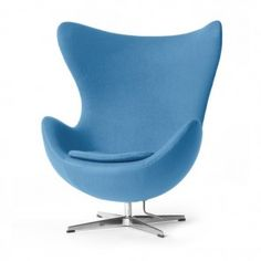 Arne Jacobsen Egg Chair lightblue