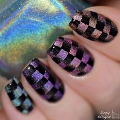 Simply Nailogical: Gradientception time: Scaled reciprocal gradient with black and holos!