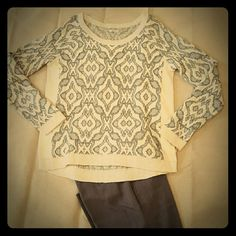 NWT Hinge Sweater Light weight wool blend sweater. Delicate care required. Hinge Sweaters