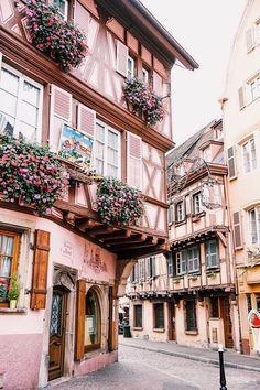 funfreshflirty Beautiful Places To Visit, Cool Places To Visit, Places To Travel, Places To Go, Travel Destinations, France 3, Ville France, France Flag, Paris Travel