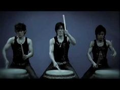 和太鼓 無限-MUGEN- 「魂 ~Spirit~」Taiko Drummers. :}