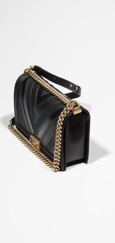 boy CHANEL flap bag, calfskin, suede calfskin & grained calfskin-black - CHANEL