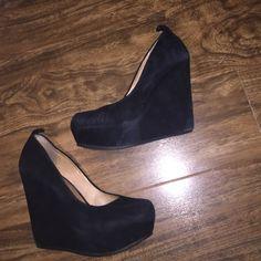 ALDO BLACK SUEDE WEDGES Pre loved shoesComes with original boxSize 8 ALDO Shoes Wedges
