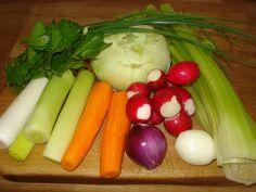 Krížikové vyšívanie Celery, Cross Stitch, Vegetables, Food, Punto De Cruz, Seed Stitch, Essen, Cross Stitches, Vegetable Recipes