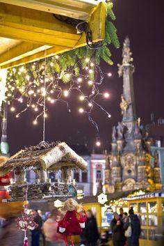 Detalle de un puesto navideño en el mercadillo de la ciudad de Olomouc.