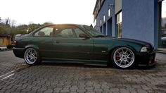 BMW e36 coupé on staggered BBS RK wheels