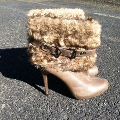 Faux Fur Ankle Boots •BRAND NEW •Top Notch Condition •Size will Fit a narrow or wide foot. Shoes
