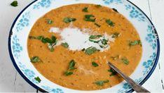 Polévka z červené čočky, mrkve a kokosového mléka  Foto: