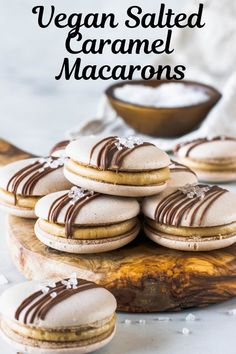 These are my delicious Salted Caramel Vegan Macarons. Gluten-free, egg-free made with aquafaba. Plus check out tips on how to make vegan macarons. Healthy Vegan Dessert, Cake Vegan, Vegan Dessert Recipes, Vegan Treats, Cookie Recipes, Vegan Cupcakes, Caramel Vegan, Macaron Recipe, Gluten Free Cookies