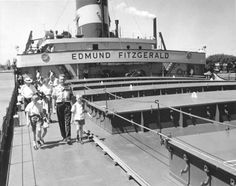 SS Edmund Fitzgerald was an American Great Lakes freighter that sank in a Lake Superior storm on November 10, 1975, with the loss of the entire crew of 29. Description from imgarcade.com. I searched for this on bing.com/images