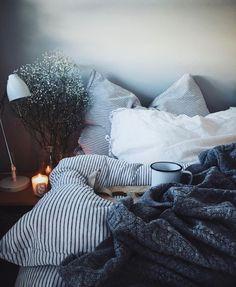 Acirc Yen Lrhvalentine Interior Design Home Bedroom Cozy Bedroom My New Room, My Room, Dorm Room, Neutral Sofa, Interior Design Minimalist, Minimalist Room, Dream Bedroom, Master Bedroom, Bedroom Wardrobe