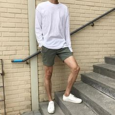 130 vintage summer outfits ideas that you must try nowaday High Fashion Men, Korean Fashion Men, Mens Fashion, Trendy Fashion, Streetwear Mode, Streetwear Fashion, Mode Masculine, Semi Formal Wedding Attire, Vintage Summer Outfits