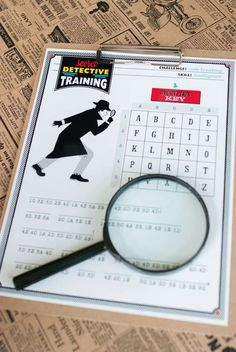 Maureen A's Birthday / Detective - Photo Gallery at Catch My Party Detective Crafts, Detective Theme, Spy Kids Party, Spy Birthday Parties, Mystery Dinner, Mystery Parties, Escape Room, Mission Impossible Party, Mystery Crafts