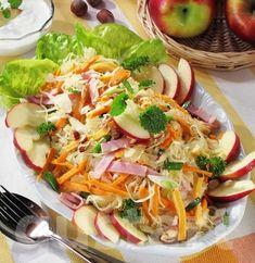 Lajos Mari konyhája - Tarka savanyú- káposzta-saláta Hungarian Recipes, Hungarian Food, Fresh Rolls, Lettuce, Barbecue, Cabbage, Tacos, Food And Drink, Vegetables