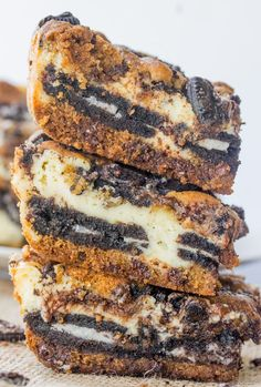 Oreo Chocolate Chip Cheesecake Bars--Part of The Best Dessert Bars