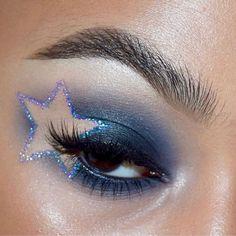 Edgy Makeup, Star Makeup, Makeup Eye Looks, Eye Makeup Art, Cute Makeup, Pretty Makeup, Eyeshadow Makeup, Makeup Inspo, Makeup Inspiration