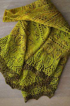 Шаль Осенний цветок Ravelry: Herbstblüte pattern by Sandra Schmieding