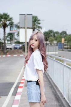 Pretty Girls, Normcore, Poses, Asian, Actresses, Cute, Hair, Outfits, Sweet