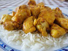 Pollo al Ras el Hanout sobre cama de arroz. Ver receta: http://www.mis-recetas.org/recetas/show/36438-pollo-al-ras-el-hanout-sobre-cama-de-arroz