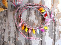 Seashell pendant colors beach bracelet beach necklace por FamDdaear