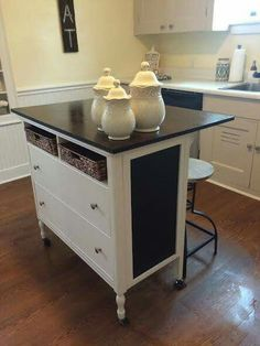 Kitchen cart Kitchen islands and Kitchens - Our favorite kitchen decorating ideas with carts and island. diy rolling plans small-spaces kitchen - July 07 2019 at Refurbished Furniture, Repurposed Furniture, Furniture Makeover, Diy Furniture, Furniture Design, Furniture Removal, Garden Furniture, Bedroom Furniture, Furniture Cleaning