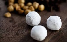 Snehvide. Rester af gløgg giver smag til de runde trøfler. - Foto: Ditte Valente