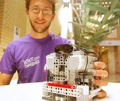 Brazilian student Humberto Cascardo Demolinari packed up his robot named Wheely Good and went off to represent DMU at the Robot Challenge 2015 in Vienna.