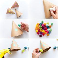 DIY Party - Steps to make a fun pom-pom party hat Hut Party, Party Fun, Elmo Party, Party Ideas, Mickey Party, Dinosaur Party, Diy For Kids, Crafts For Kids, Boho Deco