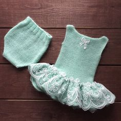 Ideas For Knitting Patterns Baby Romper Free : Ideas For Knitting Patterns Baby Romper Free Baby Knitting Patterns, Baby Clothes Patterns, Lace Knitting, Knitting Designs, Baby Patterns, Knitting Ideas, Knitting For Charity, Knitting For Kids, Baby Fabric