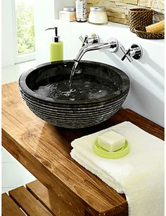 Waschbecken aus Marmor