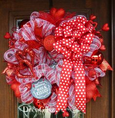 Deco Mesh Valentine's Day Wreath Hugs and Kisses with by decoglitz