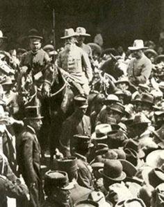 Agosto 20 de 1914 | Carranza entra a la capital después de que hace cinco días lo hicieron las tropas constitucionalistas y asume el poder ejecutivo. | #Memoria #Politica de #Mexico | http://memoriapoliticademexico.org/Efemerides/8/20081914.html