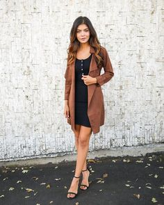 Turn heads this season in a luxe on trend jacket! Our gorgeous Newell Faux Suede Jacket is as effortless as it is chic! Lightweight trenches are all the rage and this faux suede style jacket keeps it