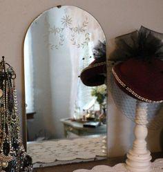 685 Best Vintage Mirrors Images Vintage Mirrors Vintage