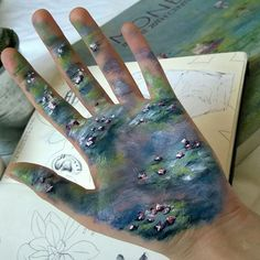 this some MESS I would do forget using the surge of creative energy I have to recreate Monet on paper let's do it on my HAND and watch it all either rub or get washed off