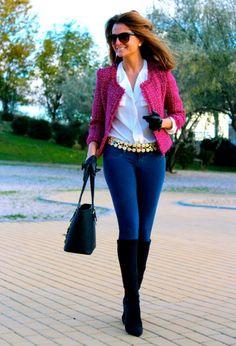 Fashion and Style Blog / Blog de Moda . Post: Simple but... / Simple pero... .More pictures on/ Más fotos en : http://www.ohmylooks.com/?p=20250 .Llevo/I wear: Blouse : Oh My Looks Shop (info@ohmylooks.com) ; Jacket : Heritage ; Boots : Pilar Burgos (New Collection) ; Belt : vintage market ; Sunglasses : Mango ; Jeans : Hollister ; Bag : Michael Kors ; Globes : Uterqüe (old)