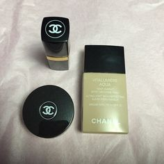 Chanel empty casings 3 empty casings. 1 lipstick, 1 foundation & eye shadow casing. Perfect for a make up display. No trades. CHANEL Makeup Concealer