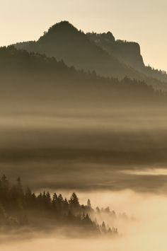 sunrise in Pieniny by Marcin Kesek