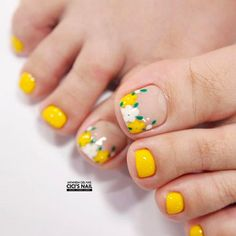 Summer Toes 40 Best Summer Toe Nail Art for 2019 Pretty Toe Nails, Cute Toe Nails, Toe Nail Art, My Nails, Pedicure Designs, Toe Nail Designs, Feet Nail Design, Summer Toe Nails, Feet Nails