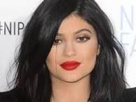 Welcome To Chitoo's Diary.: Kylie Jenner Makes HEARTBREAKING Confession