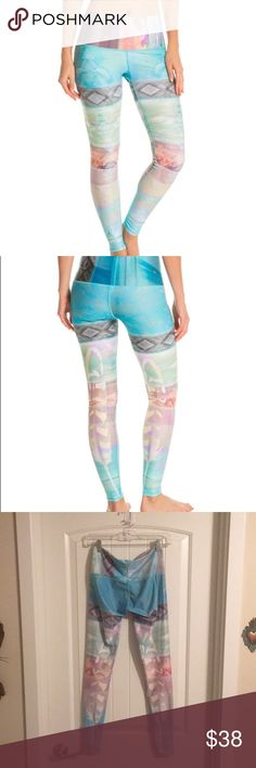Teeki Tarot Magik Hot Pants Sz. S These leggings are in great shape. Teekis are my favorite yoga pants but these are just too big on me. Will gladly trade for Teeki products in xs, or Beyond yoga high waist leggings size xs, as well.   Please feel free to ask any questions. Happy shopping! teeki Pants Leggings