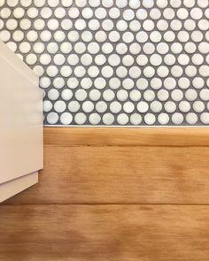 Childrens bathroom Cepac Cirque penny round tile salvaged fir floor Miller P bathroom tiles Penny Tile Floors, Bathroom Floor Tiles, Penny Tile Bathrooms, Penny Backsplash, Bathrooms Decor, Decorating Bathrooms, Luxury Bathrooms, Bathroom Renovations, Childrens Bathroom