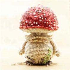 Mushroom amigurumi pattern by Pink Pumpkin Studio Crochet Quilt, Crochet Toys, Crochet Baby, Free Crochet, Amigurumi Patterns, Knitting Patterns, Crochet Patterns, Crochet Ideas, Crochet Mushroom