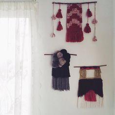"56 Likes, 1 Comments - @geraldinaonyszkow on Instagram: ""#weaving #wovenwallhanging #art #mybeautifulmess #tapestry #tassel #pompom #vsco #vscocam #diy"""