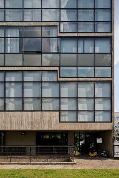 Paulo Mendes da Rocha, Leonardo Finotti · Jaraguá Building