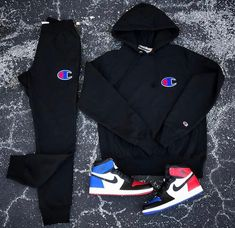 this outfit outfit could describe me because I can see myself wearing this because Its just my style Dope Outfits For Guys, Swag Outfits For Girls, Stylish Mens Outfits, Cute Swag Outfits, Cute Comfy Outfits, Teenager Outfits, Nike Outfits, Sneaker Outfits, Sporty Outfits